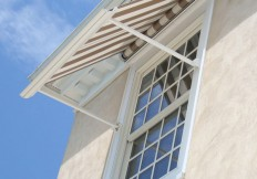 retractable window awning